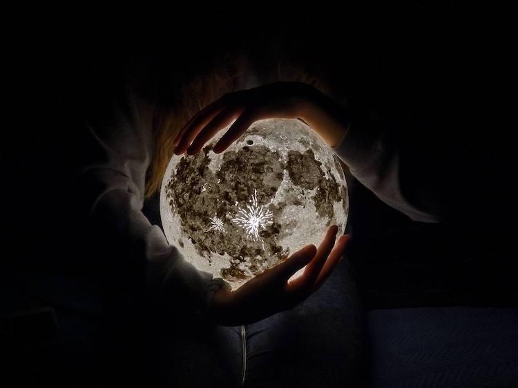 pulsar moonlight lamp 1