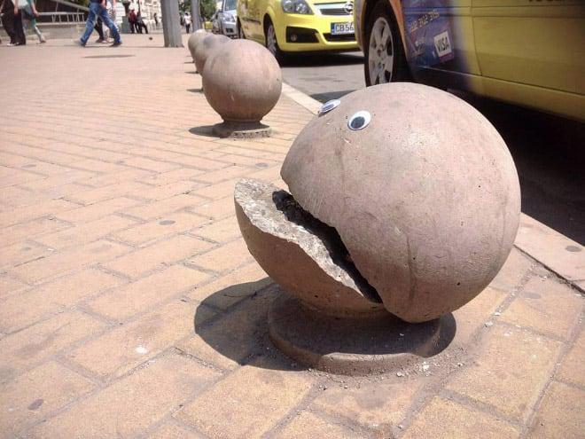 bulgarian guy makes post soviet streets more fun googly eyes fy 1