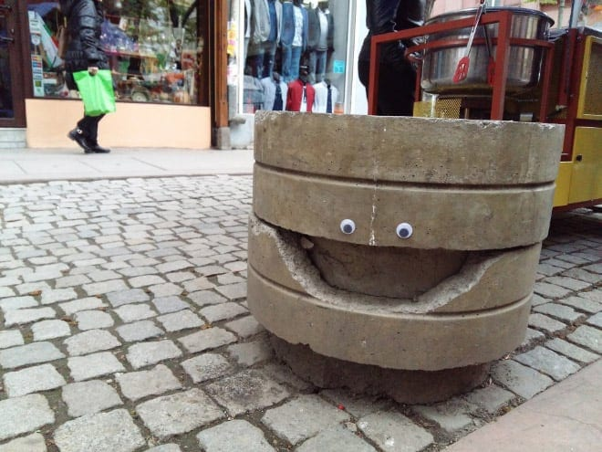 bulgarian guy makes post soviet streets more fun googly eyes fy 15