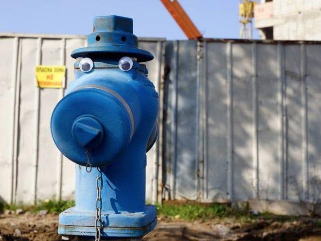 bulgarian guy makes post soviet streets more fun googly eyes fy 5