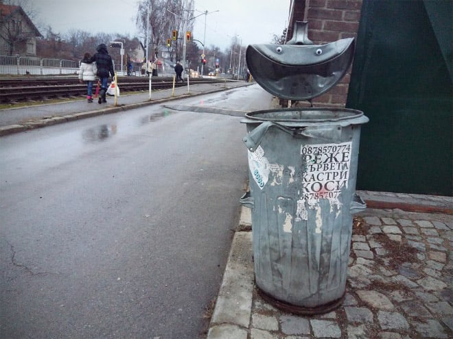 bulgarian guy makes post soviet streets more fun googly eyes fy 6