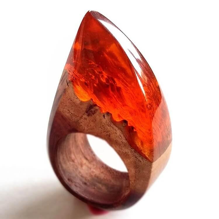 miha debeljak resin jewelry 7