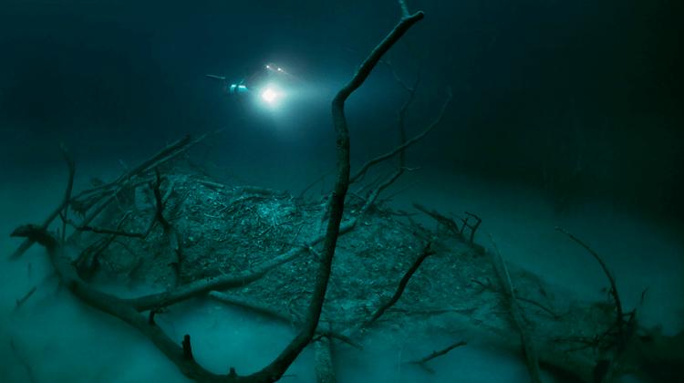 anatoly beloshchin mexico yucatan cenote angelita fy 4