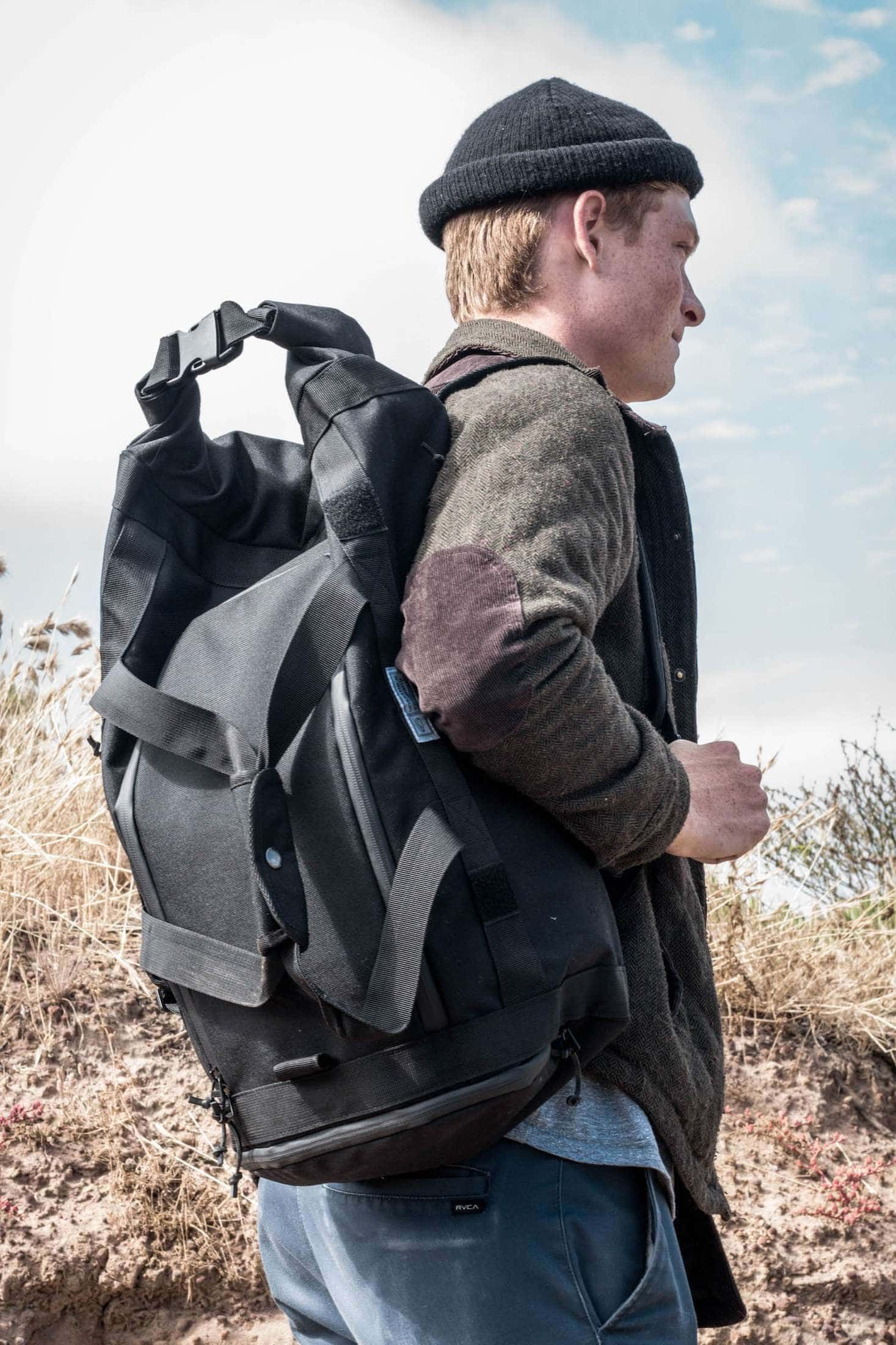 commuter duffle pack outdoor lifestyle 1