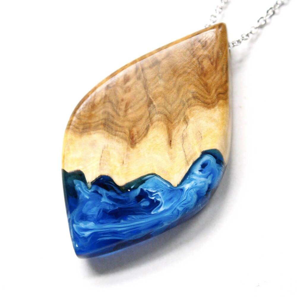 resin and wood jewelry britta boeckmann fy 2