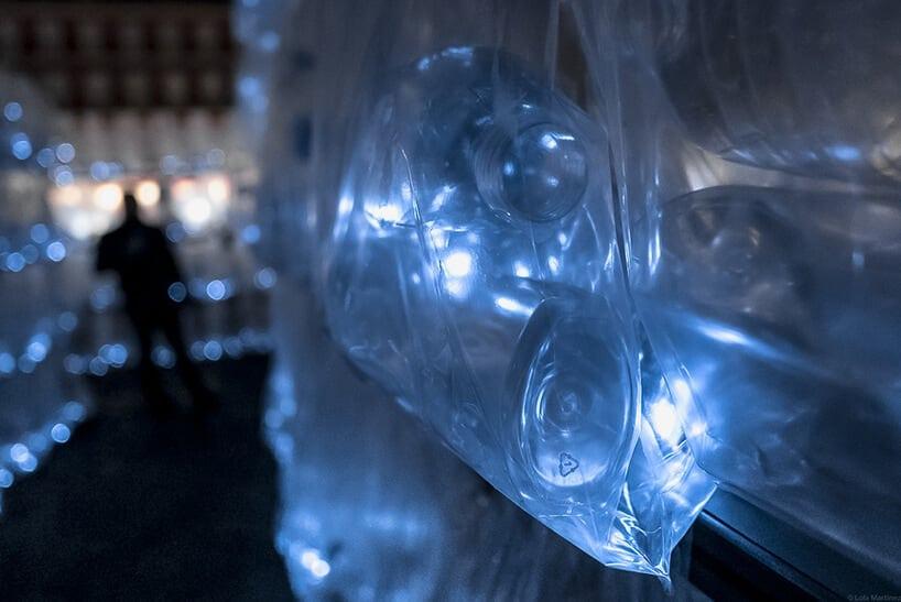uzinterruptus labyrinth of plastic waste installation madrid fy 7