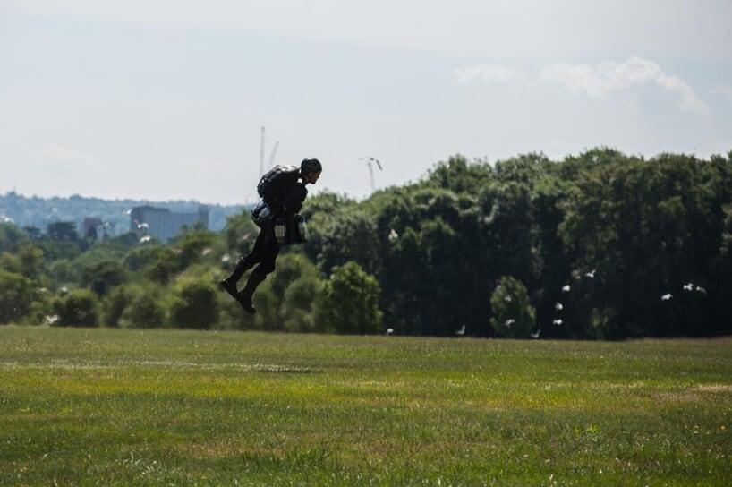 gravity iron man suit fy 4