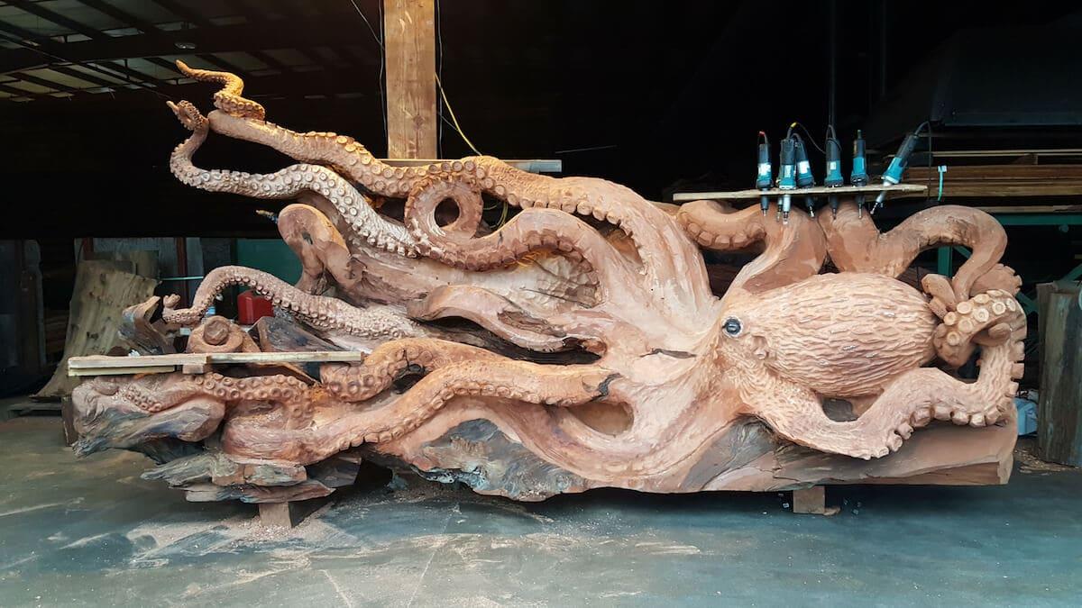 carved redwood octopus freeyork 7