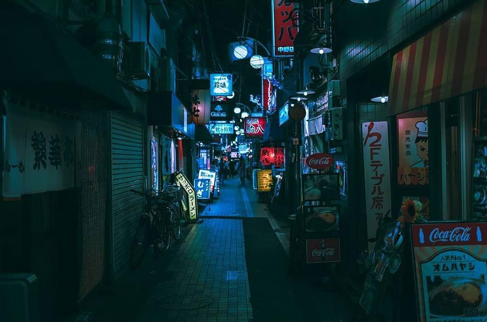 tokyo photography series neon dreams fy 17