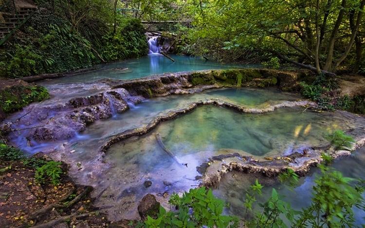 kroshunski waterfalls