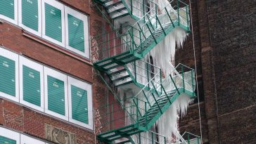 fire escape ice tower chicago 4