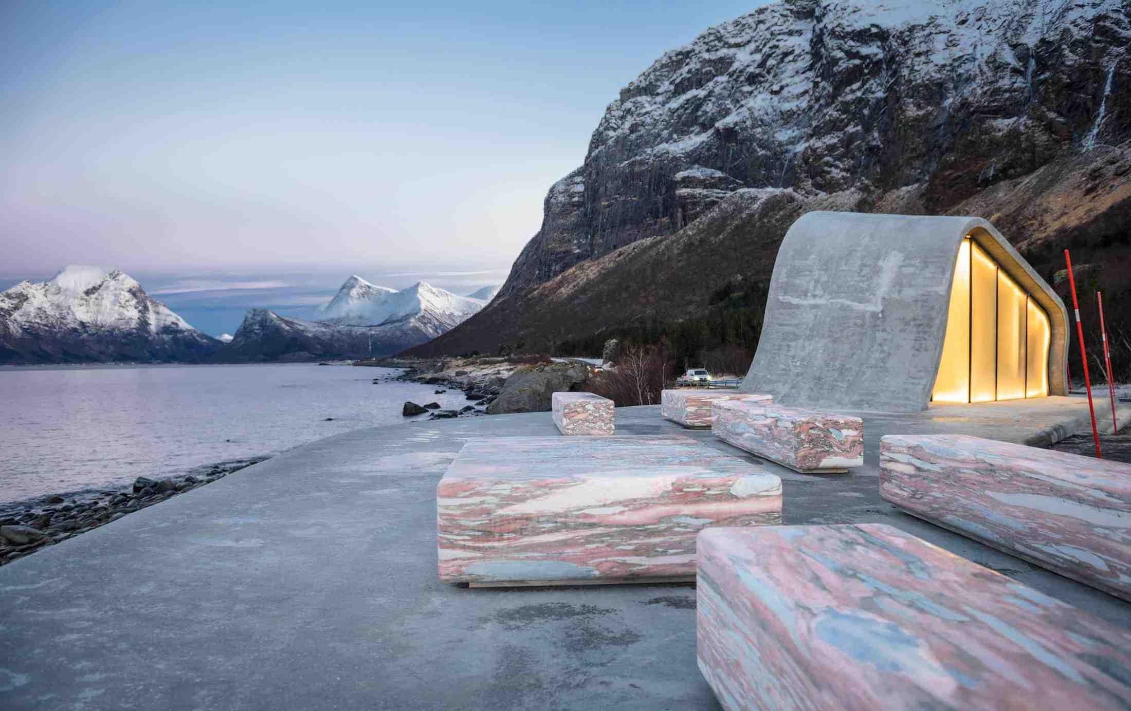 haugen zohar arkitekter hza wave shaped toilet facility norwegian scenic route 11