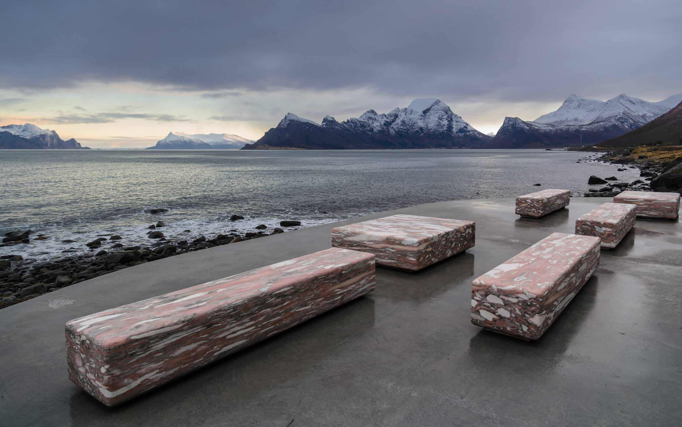 haugen zohar arkitekter hza wave shaped toilet facility norwegian scenic route 14