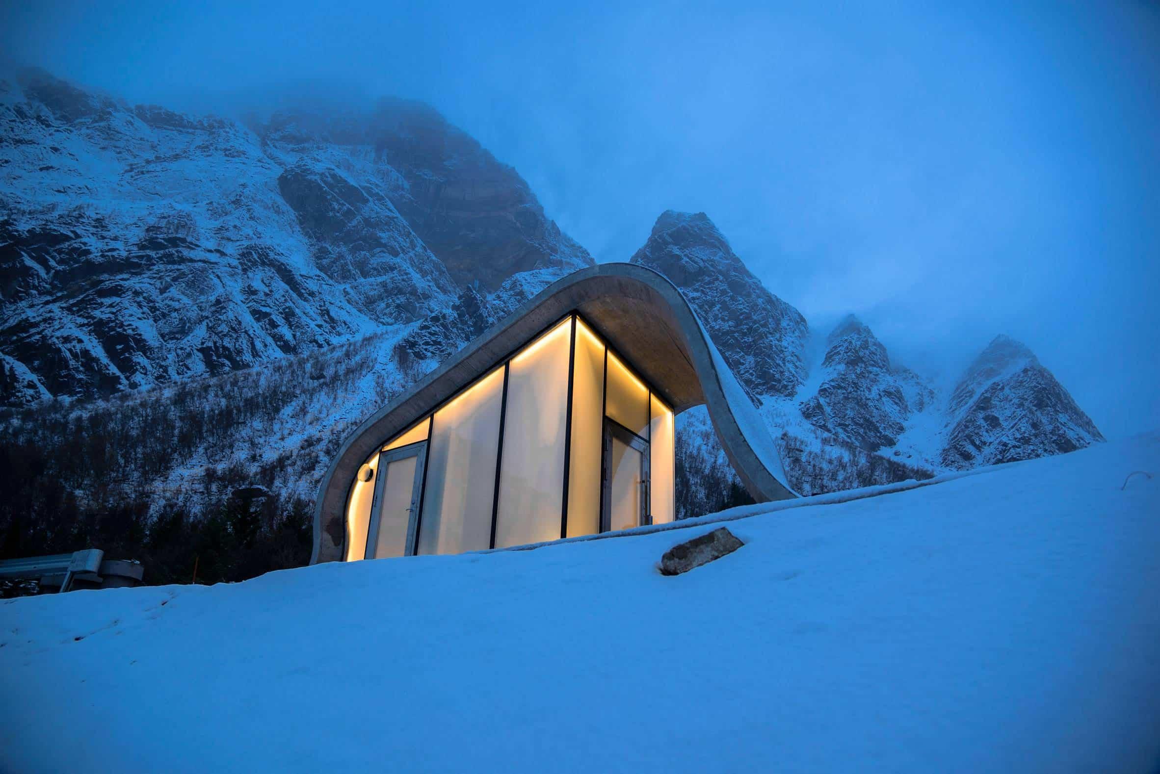 haugen zohar arkitekter hza wave shaped toilet facility norwegian scenic route 3