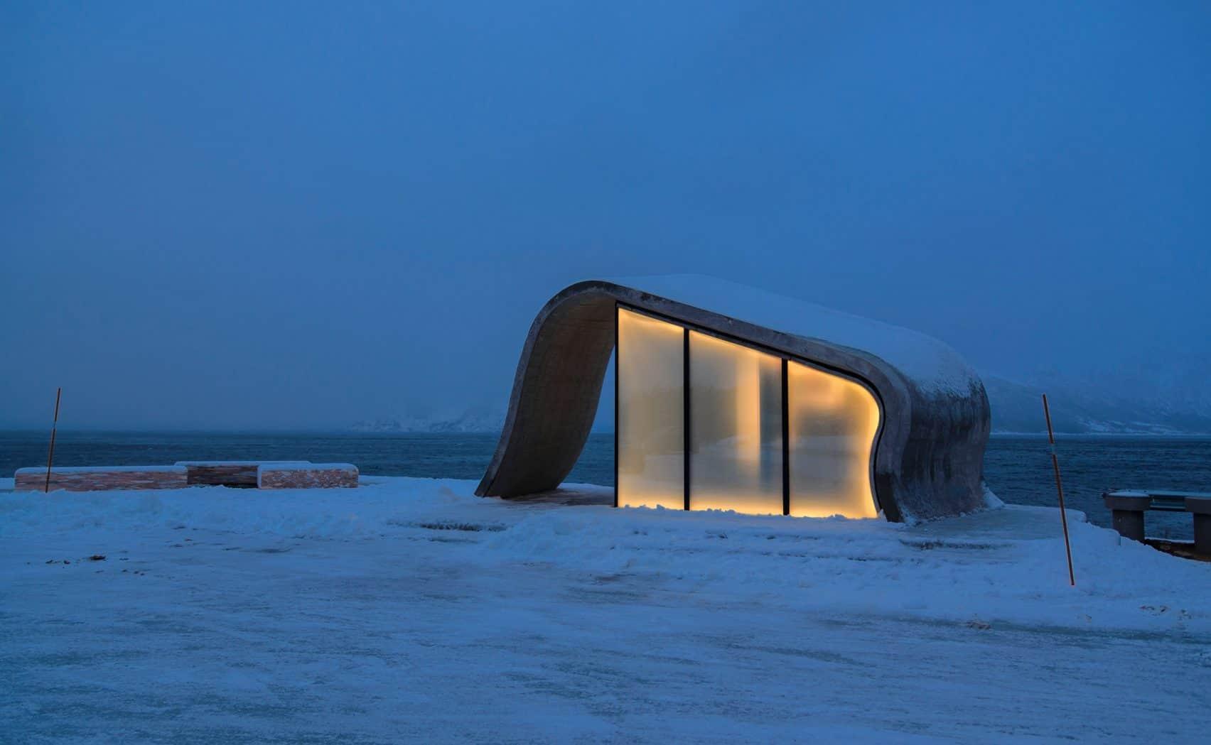 haugen zohar arkitekter hza wave shaped toilet facility norwegian scenic route 4