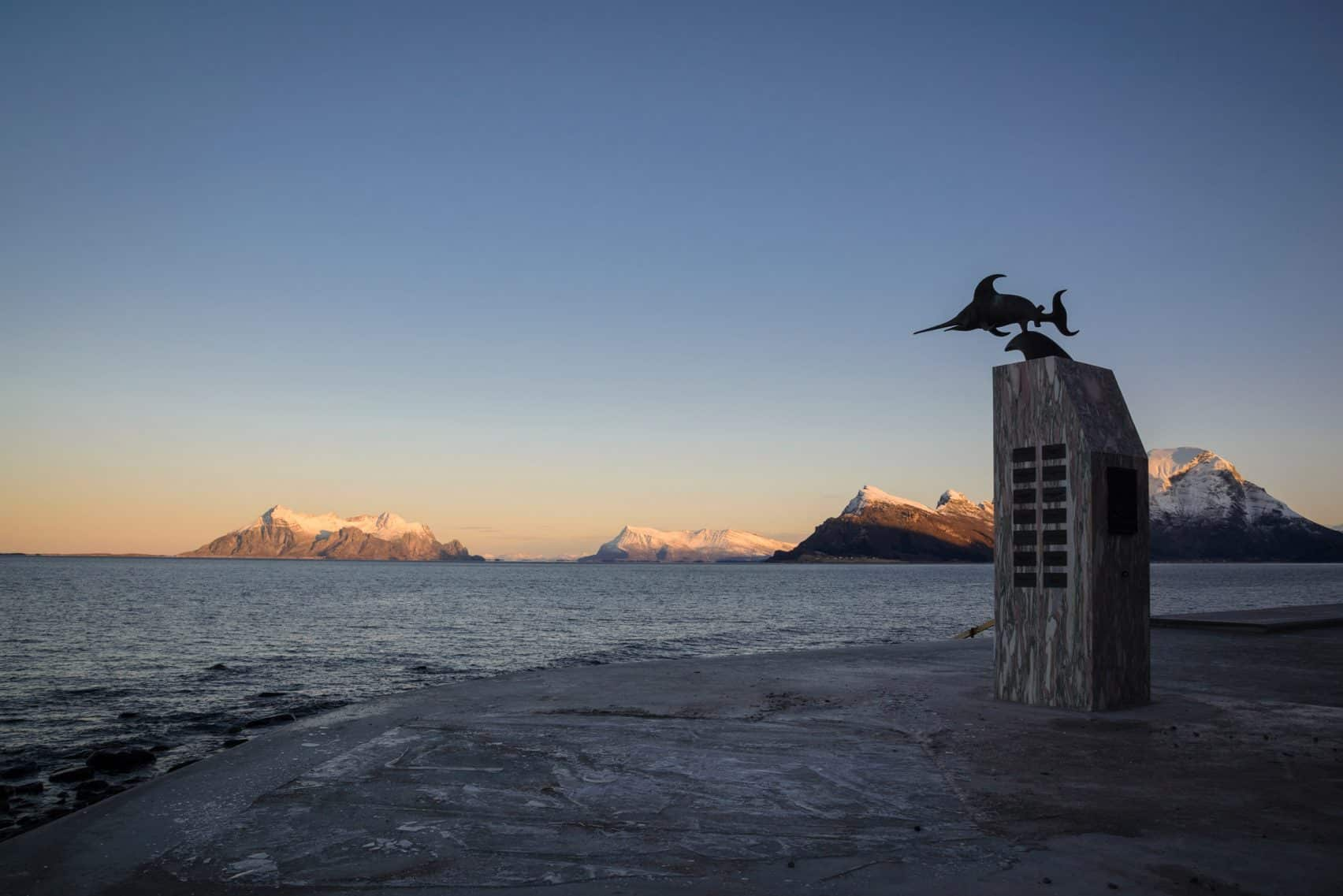 haugen zohar arkitekter hza wave shaped toilet facility norwegian scenic route 5