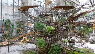 worlds largest hanging garden herons tree 8
