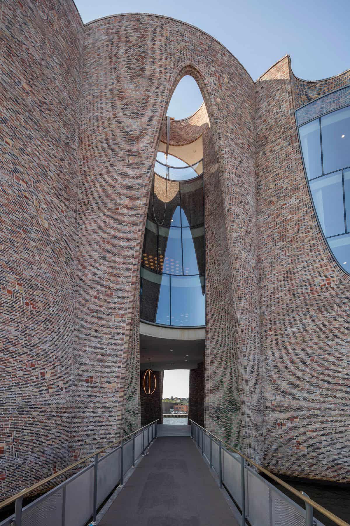 olafur eliasson building 1