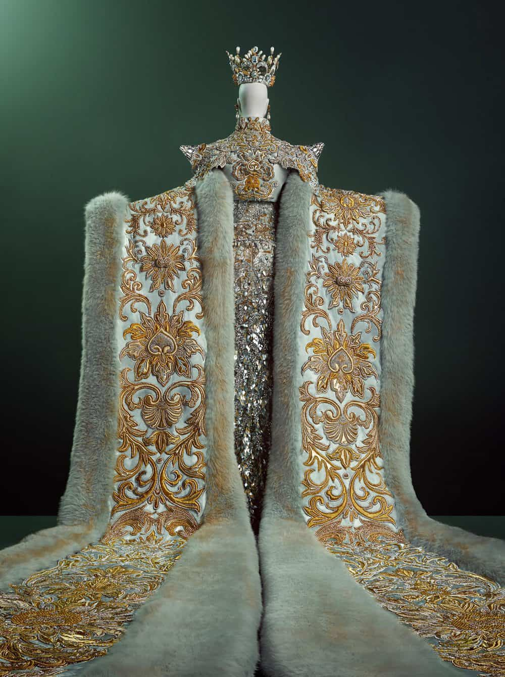 Guo Pei Couture Beyond 15