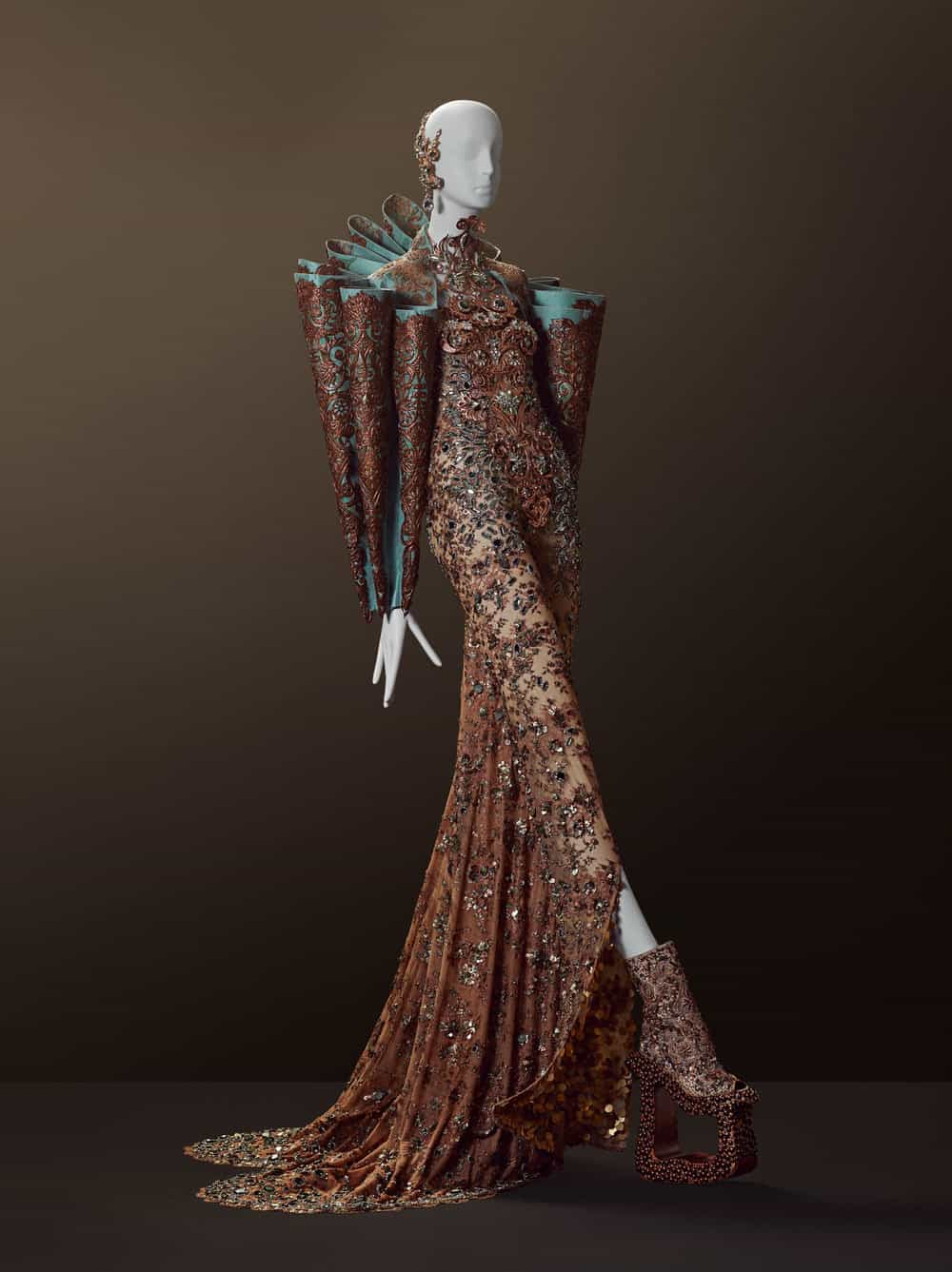 Guo Pei Couture Beyond 17