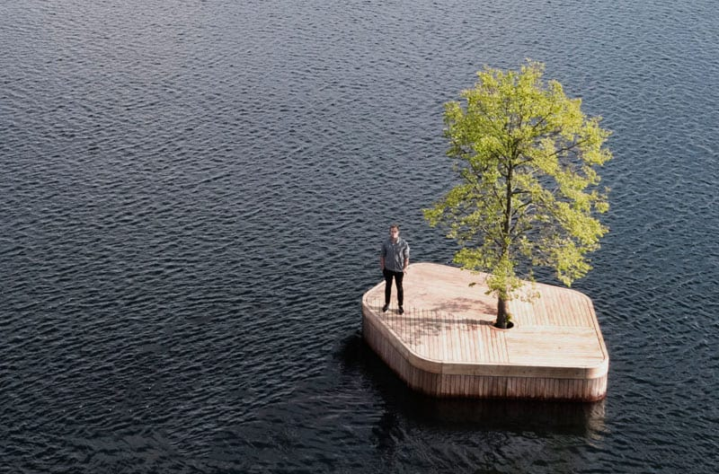 floating manmade wood island with tree 140318 155 01