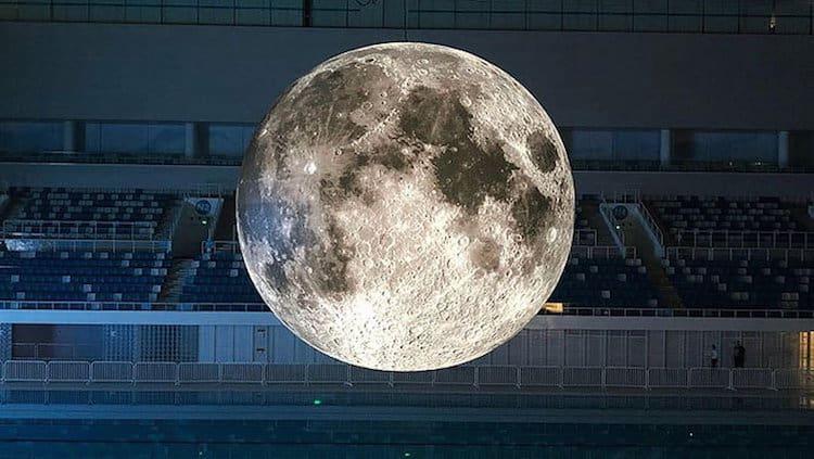 museum of the moon installation art luke jerram 11