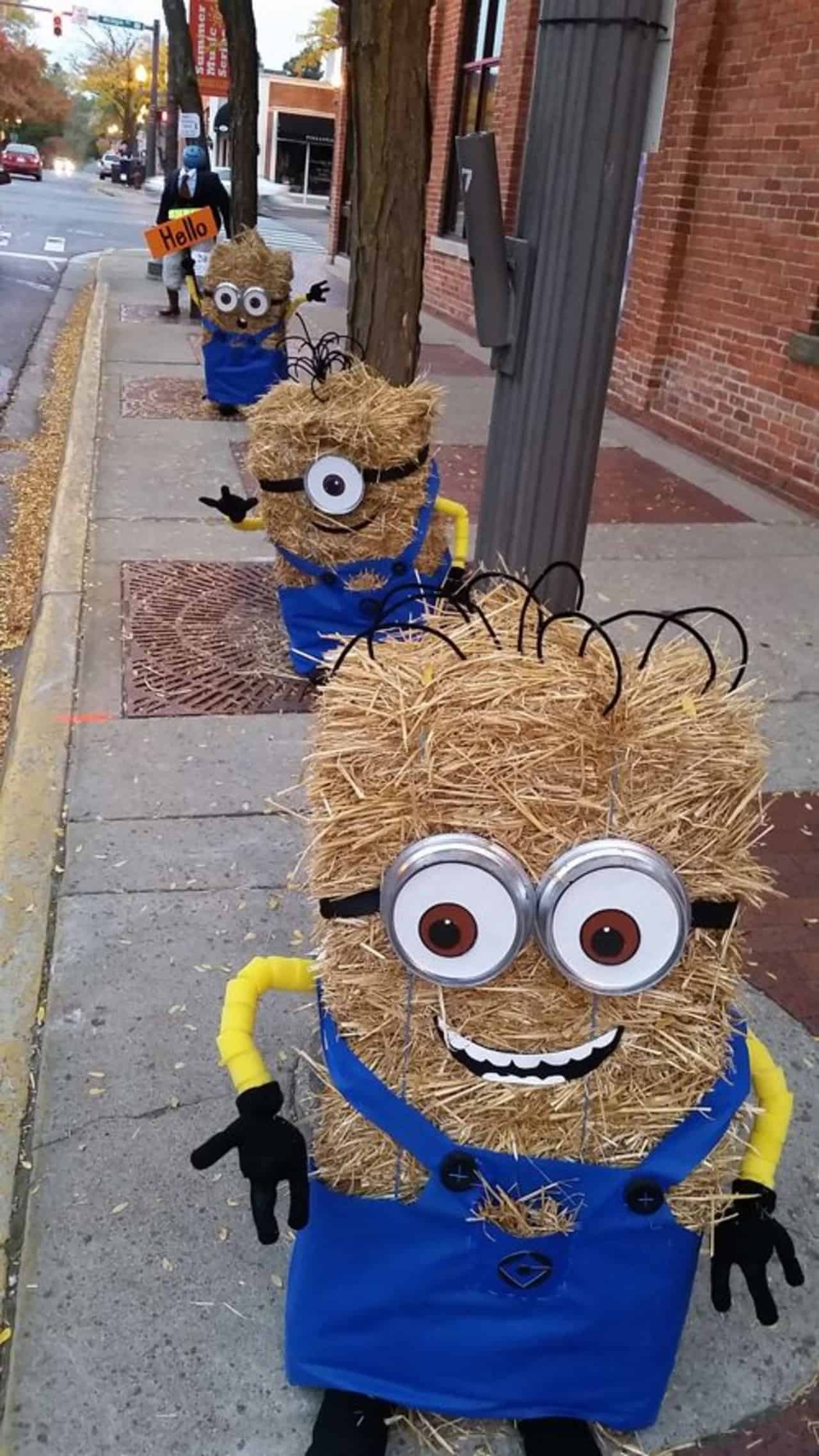 scarecrow ideas minions by lydia and laney alig and sandy tilt E29b8ca2ffa4944da2a3516692146af36