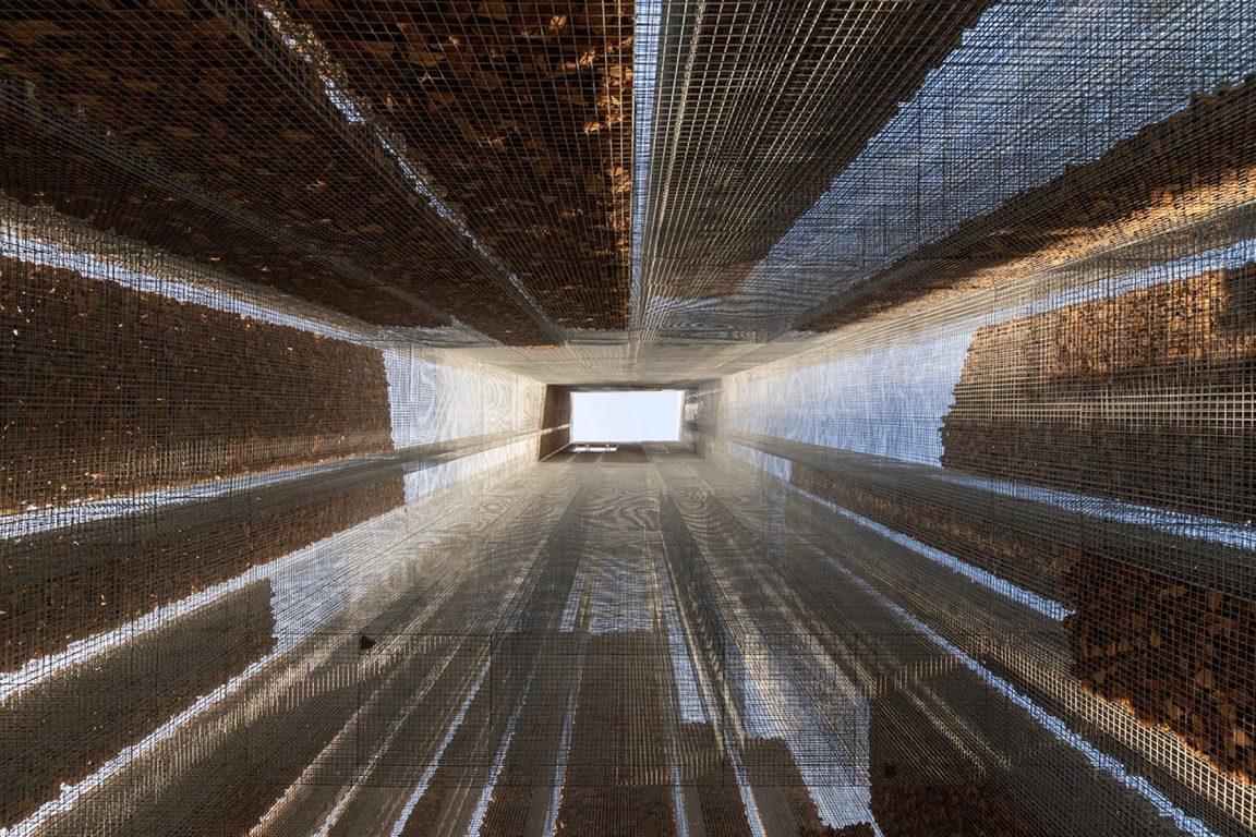 gharfa installation studio edoardo tresoldi alberonero max magaldi matteo foschi diriyah oasis riyadh saudi arabia dezeen 1704 col 13