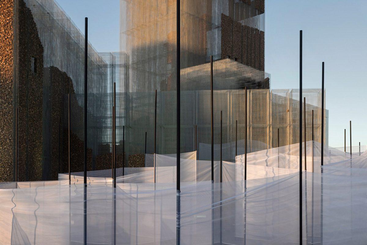 gharfa installation studio edoardo tresoldi alberonero max magaldi matteo foschi diriyah oasis riyadh saudi arabia dezeen 1704 col 4