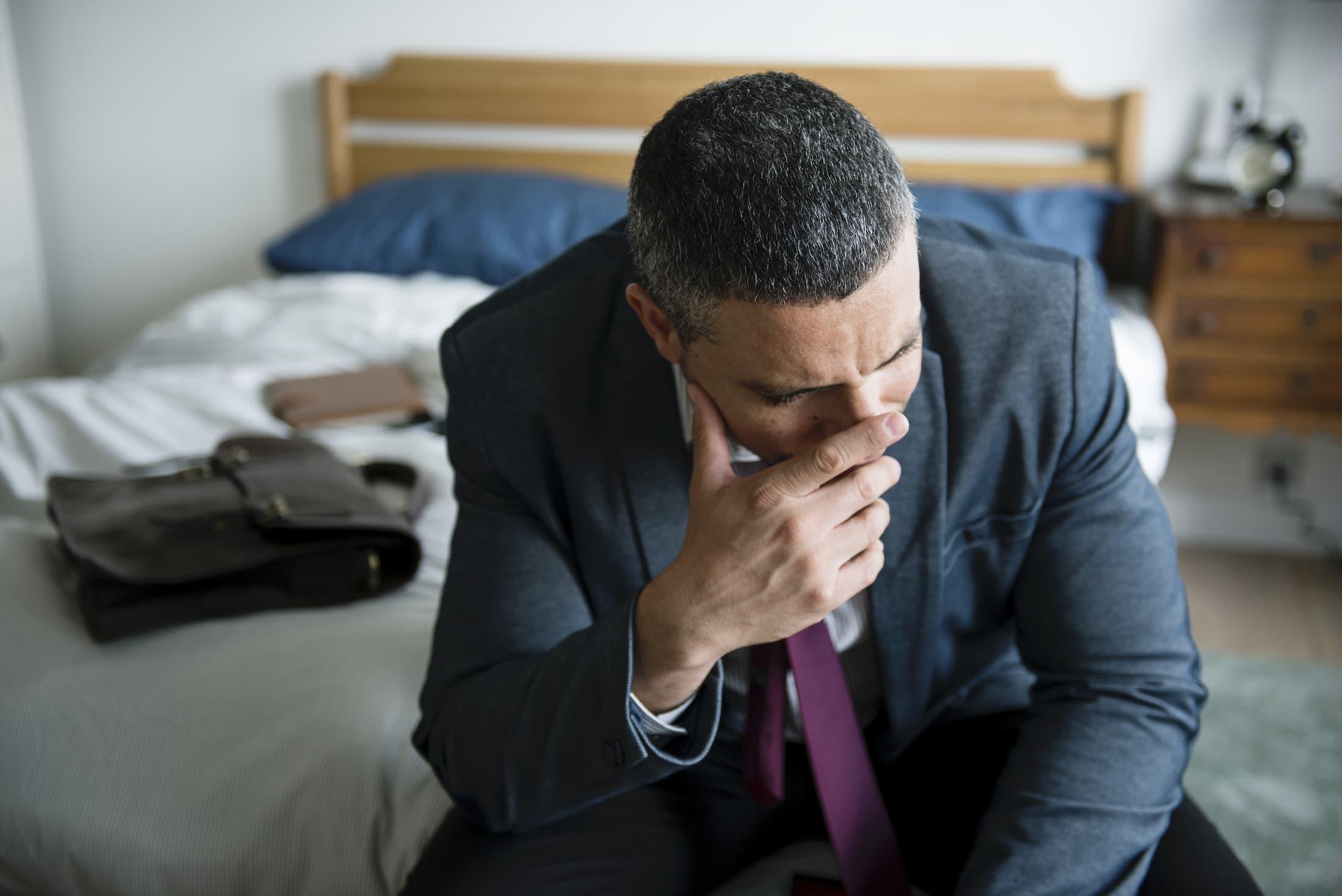 a man crying PJV5ZBE