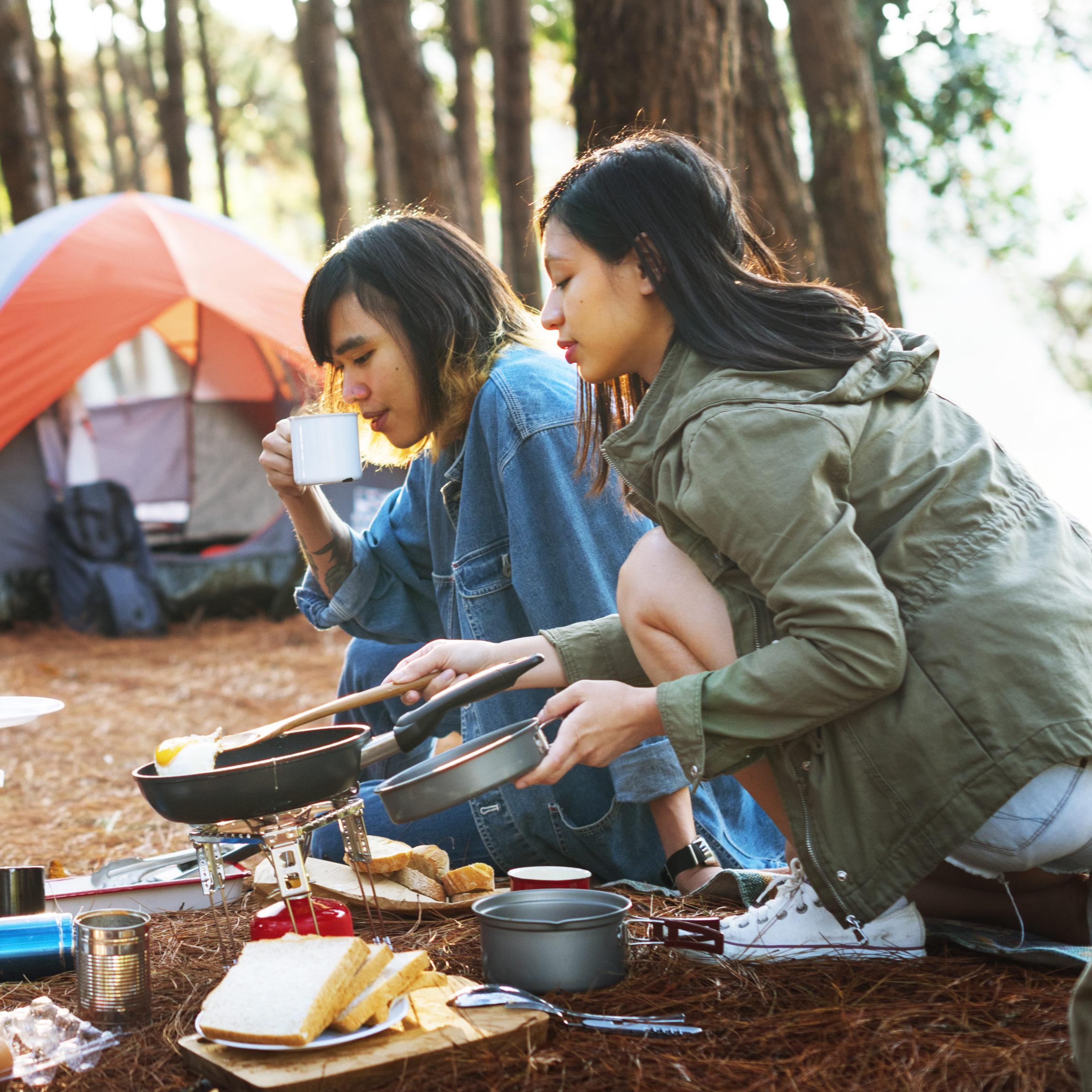 hangout traveling destination camping concept PEB6KPH