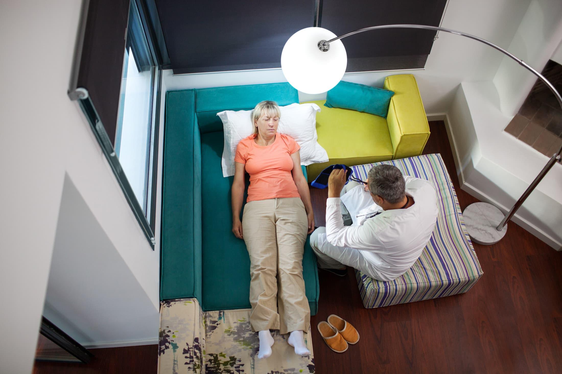 doctor home visits VLF37QZ