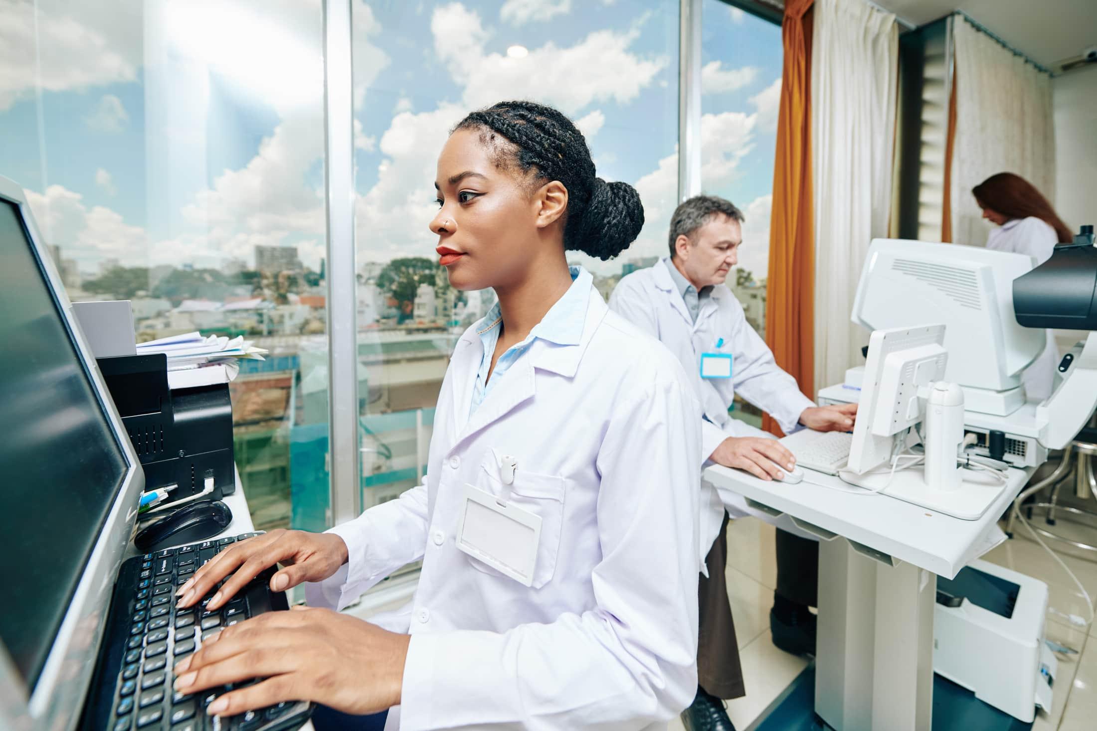 ophthalmology clinic WXTLLNA