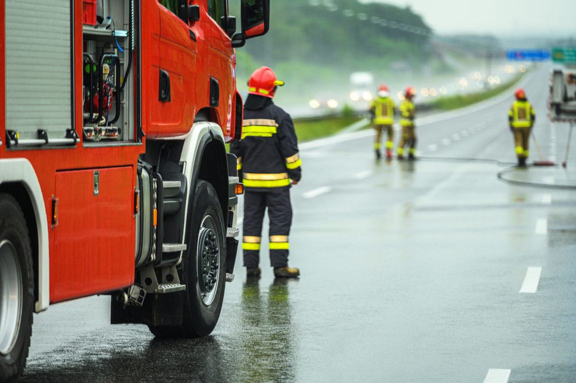 traffic accident emergency fire crew YLNFLUW
