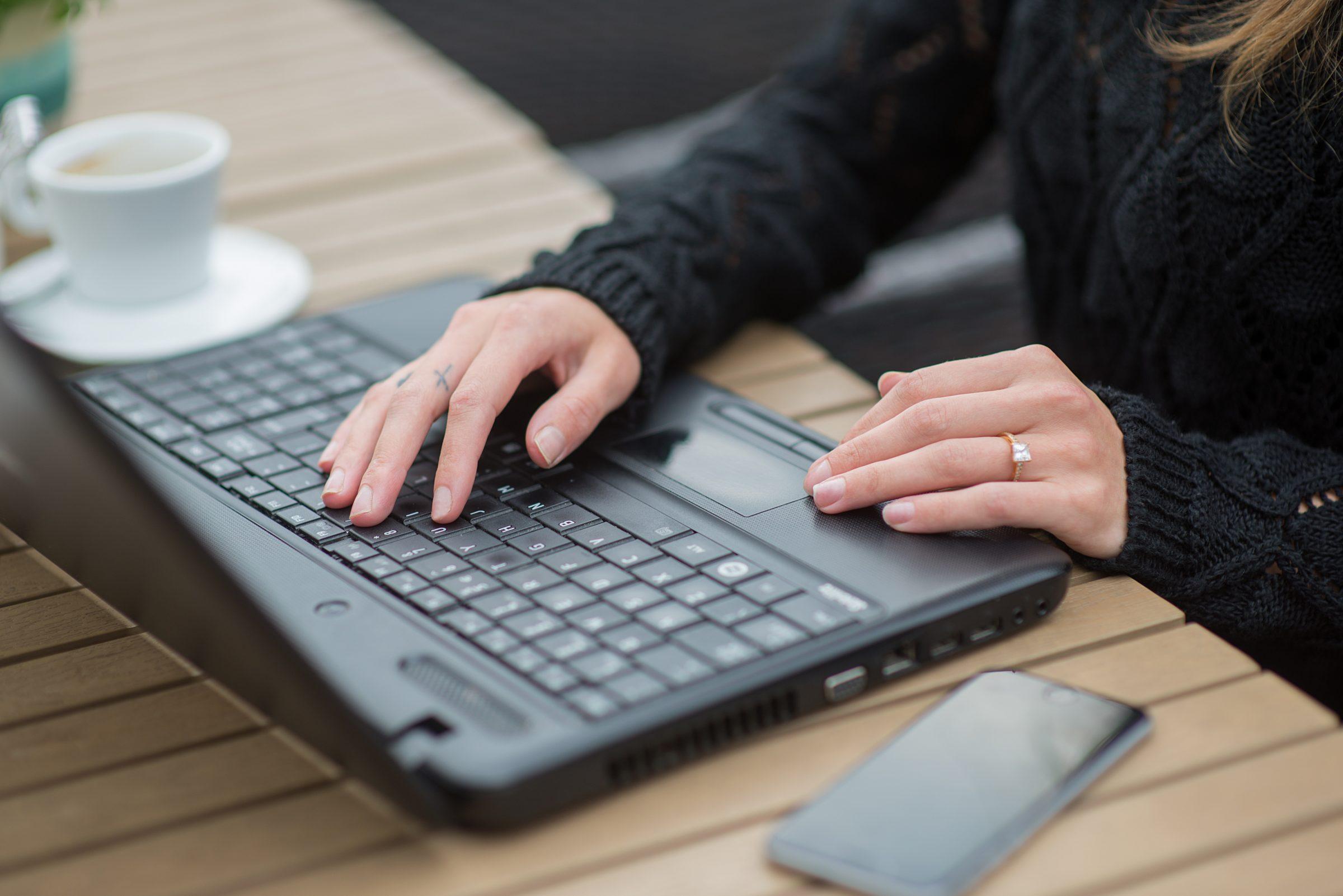 computer keyboard 6TJEXZL