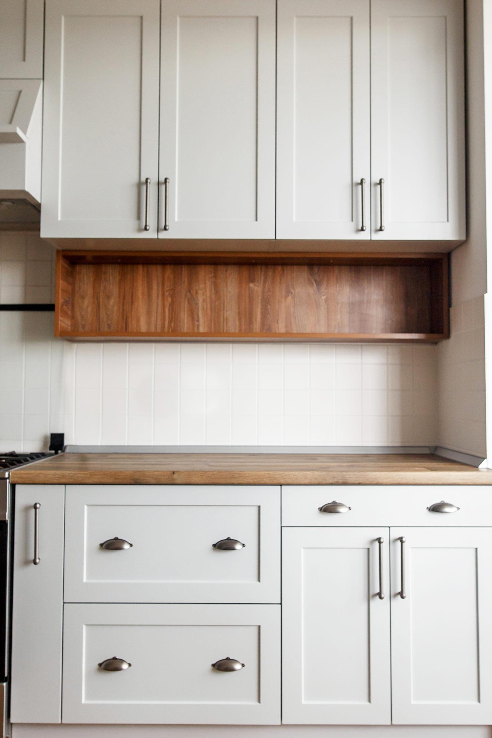 light gray kitchen interior with modern cabinets a 6UGHDEQ