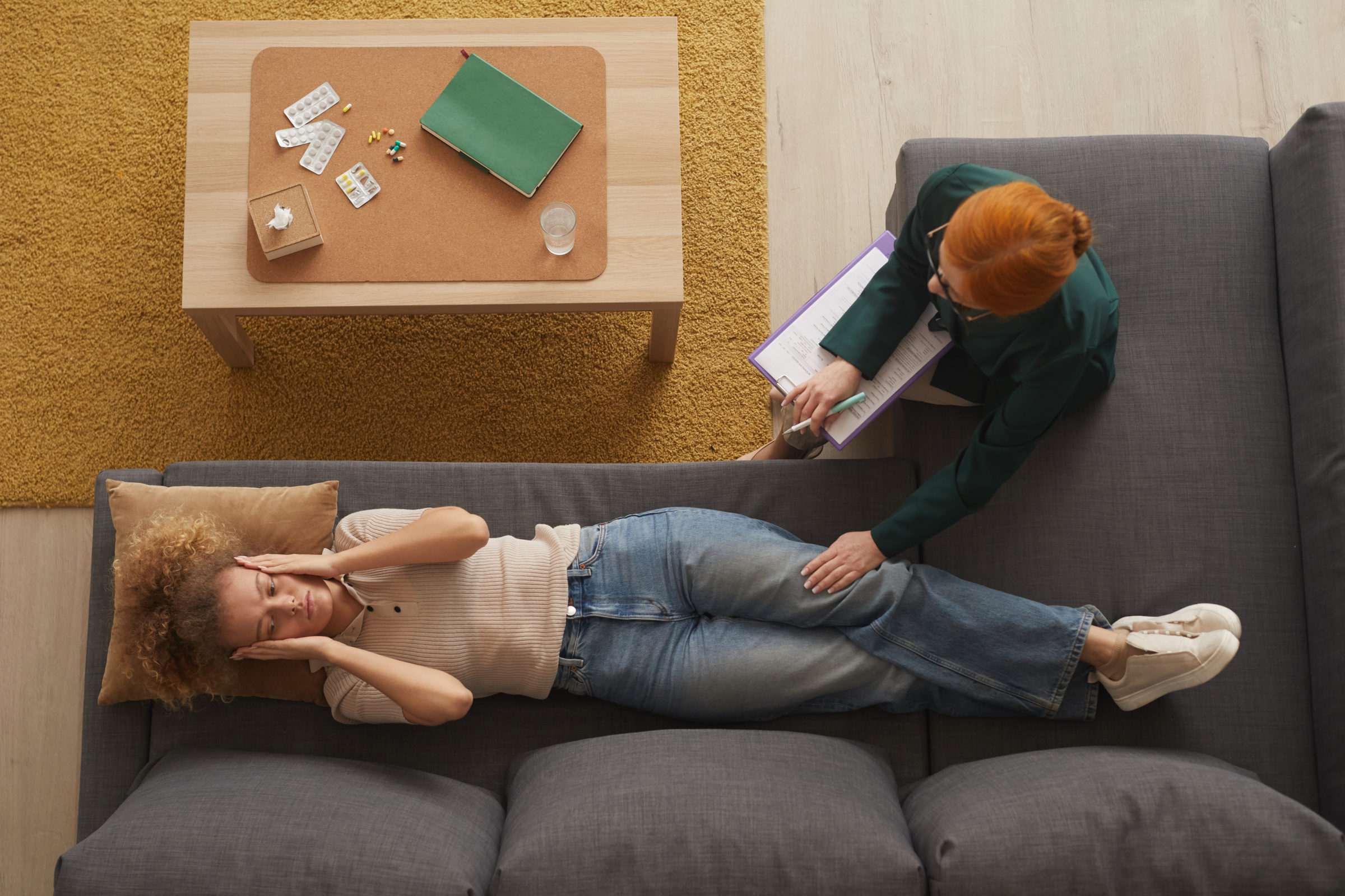 woman relaxing during psychology therapy SPNDSFX