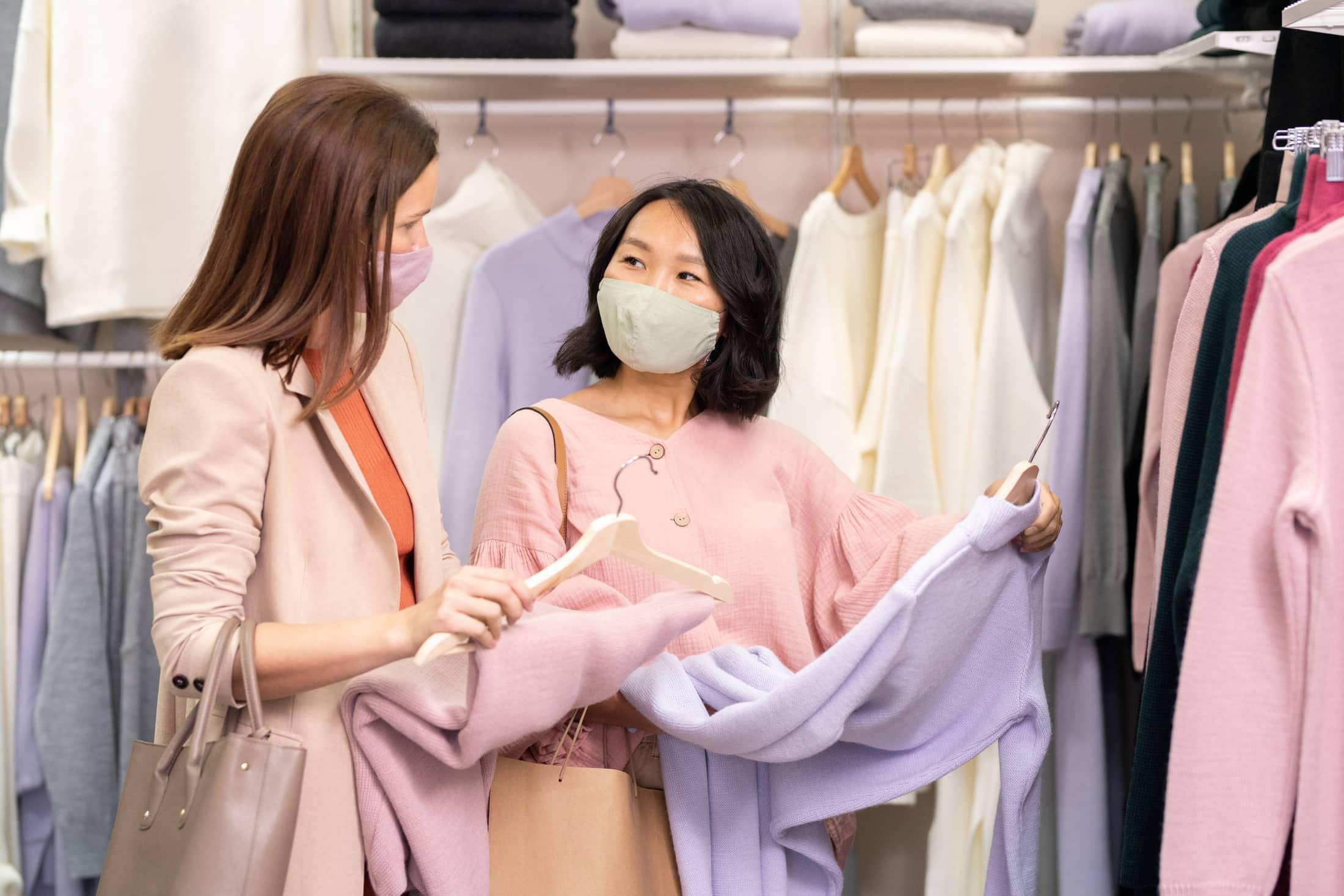 women shopping in store 857Q7ZP