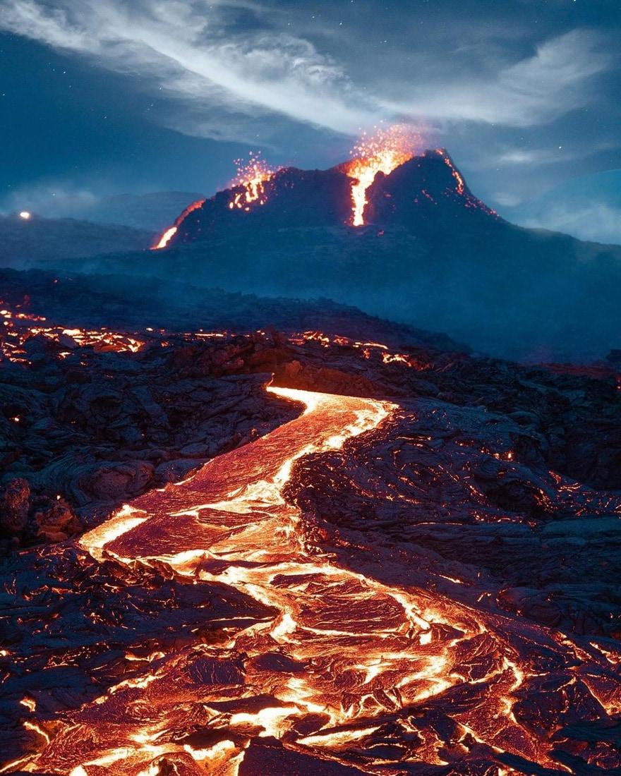 fagradalsfjall volcano eruption stranded stephane ridard 2