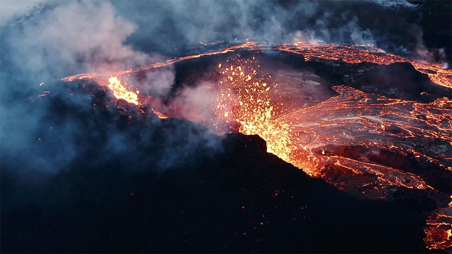 fagradalsfjall volcano eruption stranded stephane ridard 6