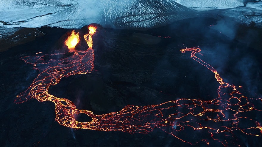 fagradalsfjall volcano eruption stranded stephane ridard 7
