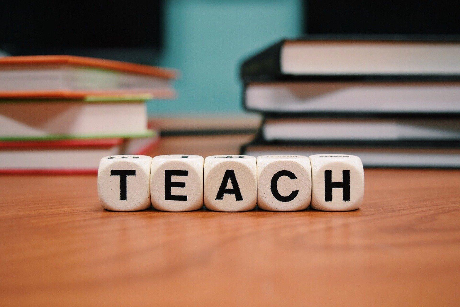 teach 1968076 1920