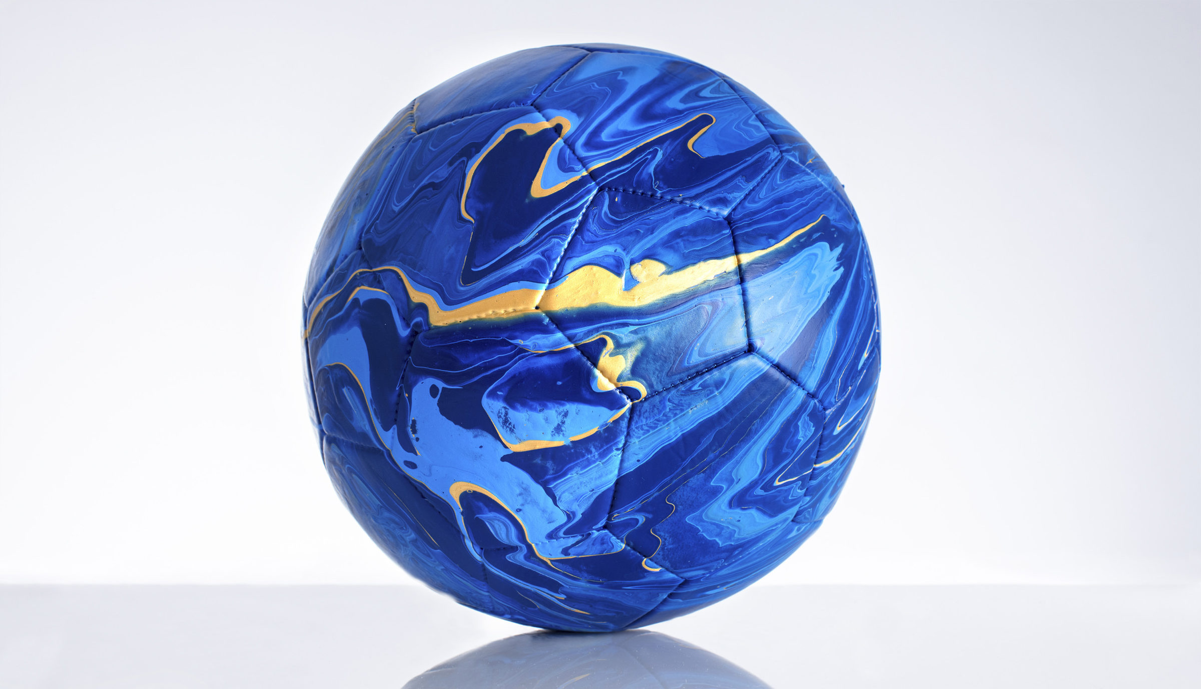 Craig Black x The Fusion Series Footballs Acrylic Fusion Football Art Installation 09 Italy