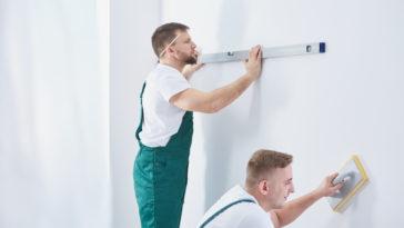 men and home renovation PM8PJAC