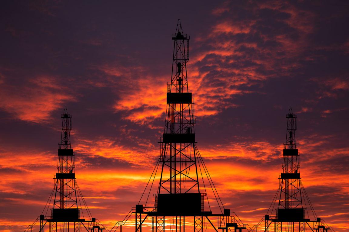 oil pump on a sunset background world oil industry VKZVQEZ