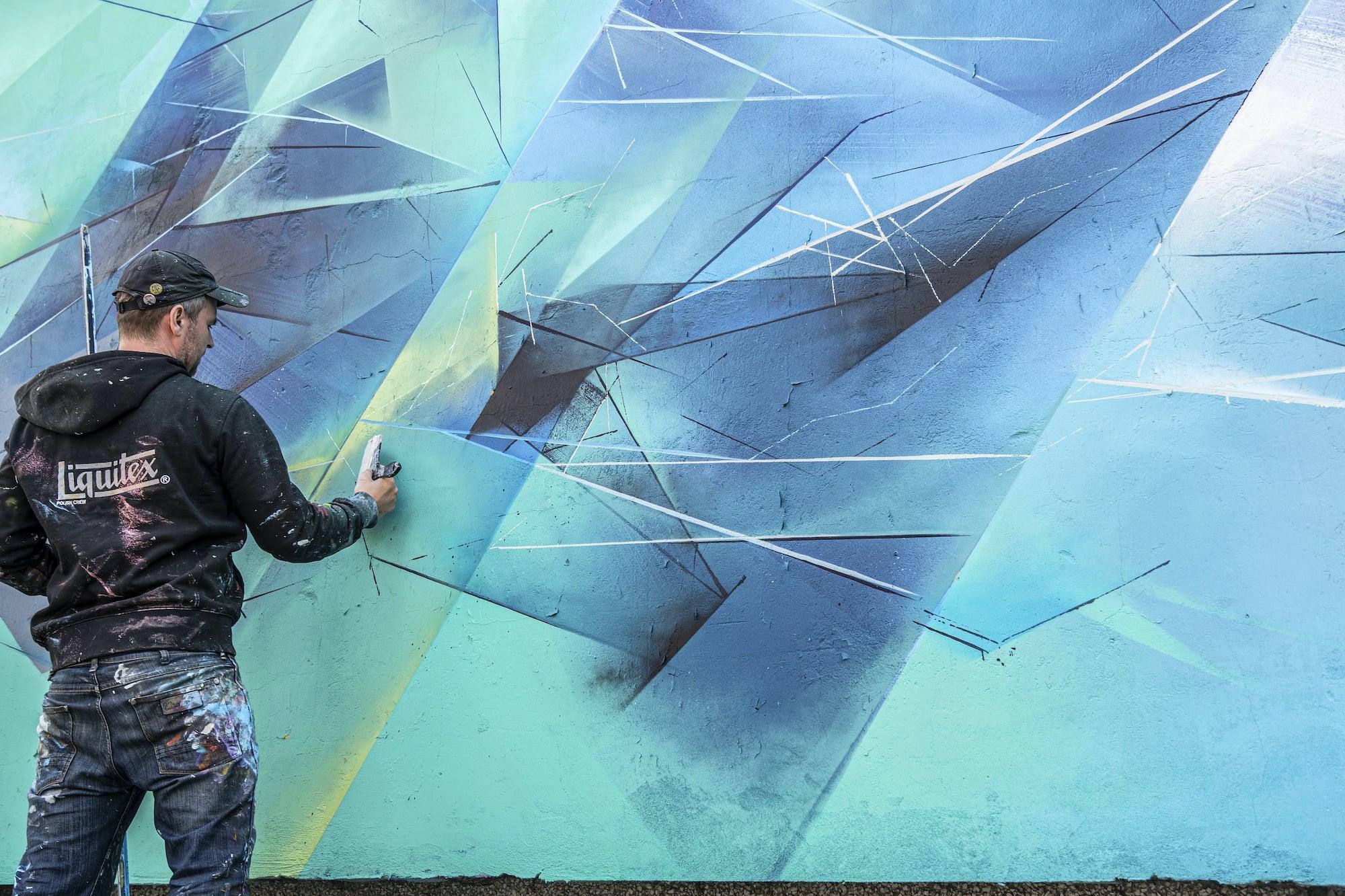 pener mirror land street art 3
