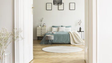 real photo of white bedroom interior with round ru 2021 04 02 19 16 20 utc