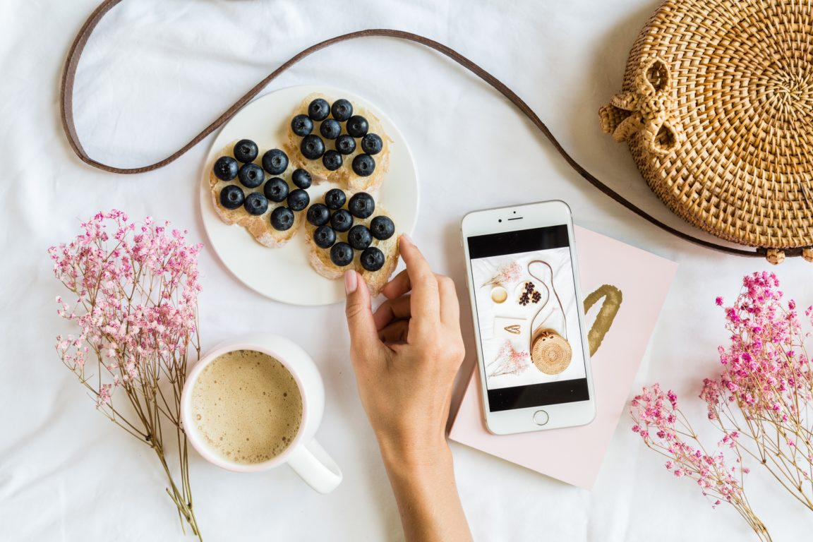 content for instagram blog flat lay of influencer G2S44S2