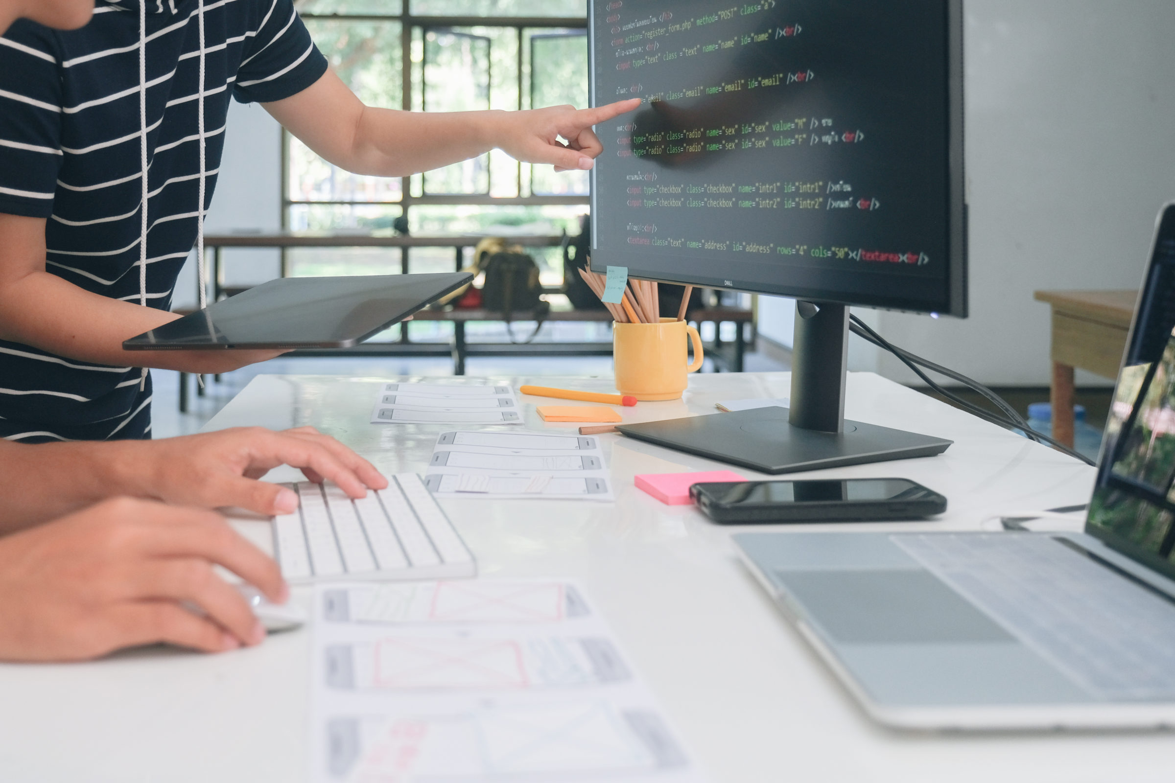 mobile and website design and programing developme K4E9PKF